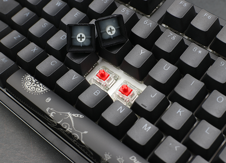 PBT double-shot seamless keycaps <br />
