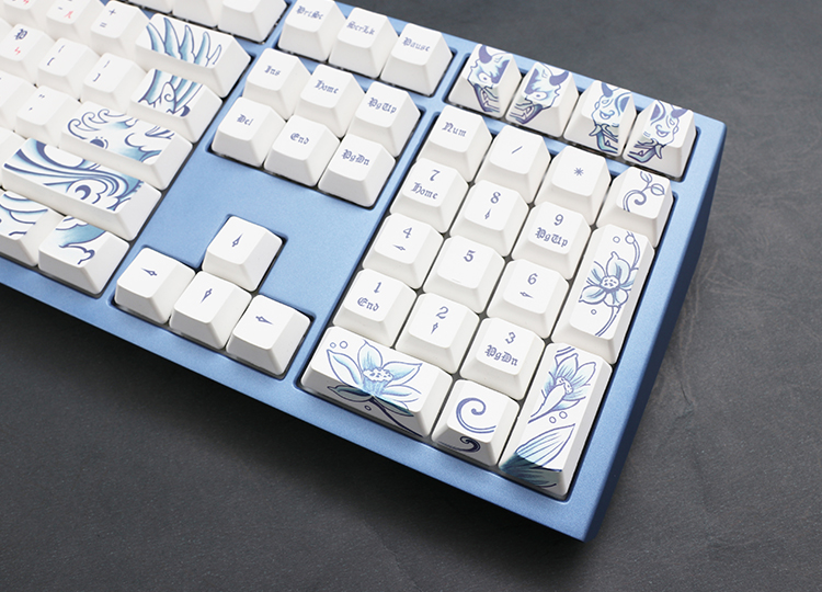 Uses high-quality PBT Dye-Sub keycaps to withstand different tasks and increase product lifespan.