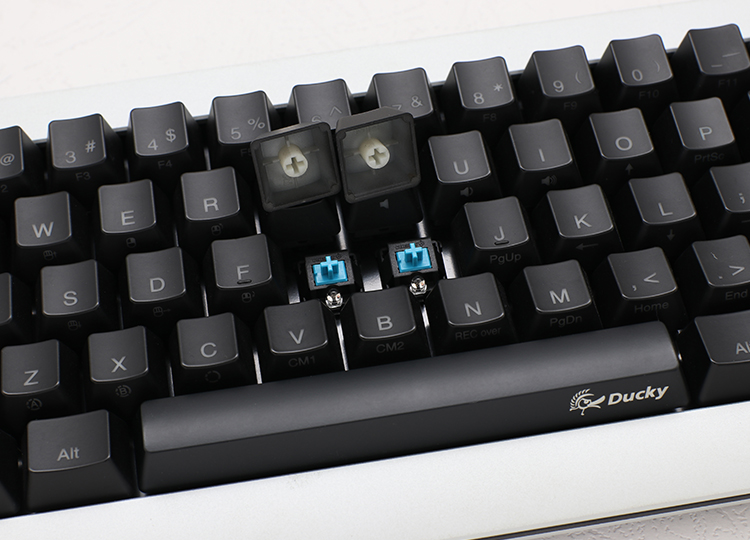 Cherry MX mechanical key switches <br /> ABS lasered keycaps