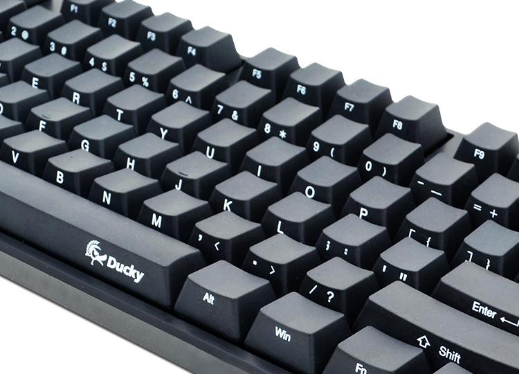 PBT side-print keycaps <br /> German Cherry MX key switches