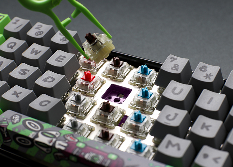 The Year of the Rat keyboard is based on the newest version of Ducky's hot-swap keyboard.<br />